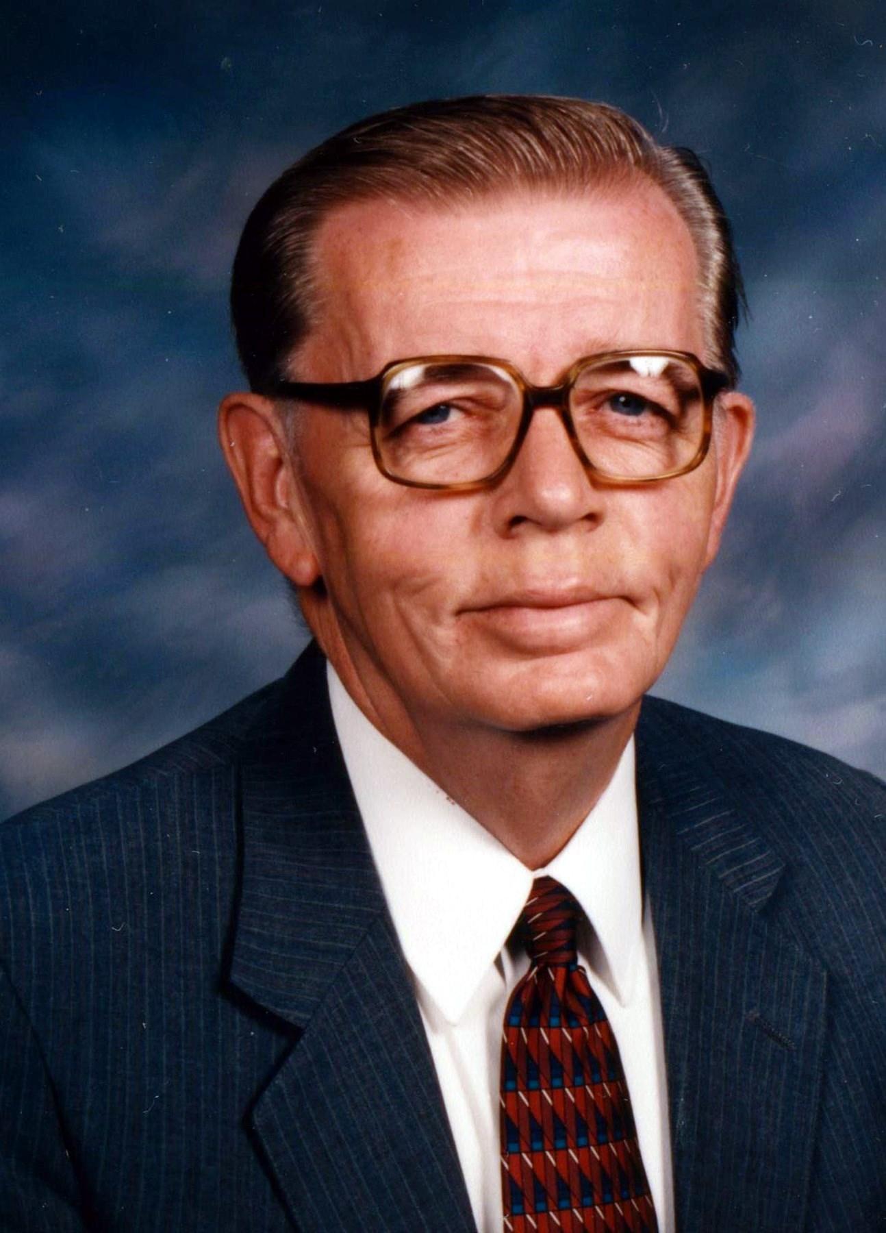 Dennis Richard  Laue