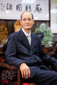 Kit Nam  Chow 周傑男
