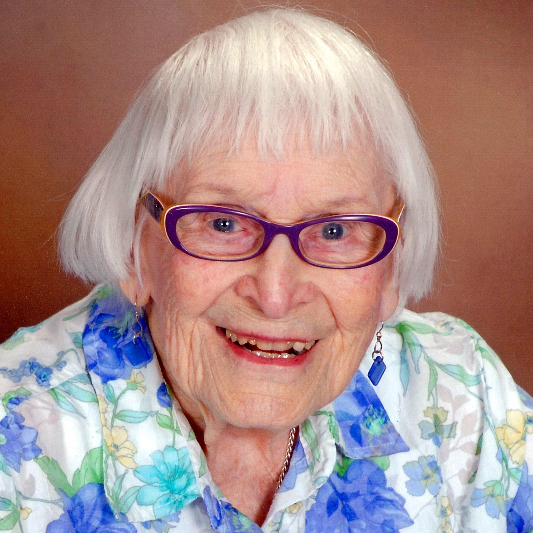 Mary Eileen  Holt