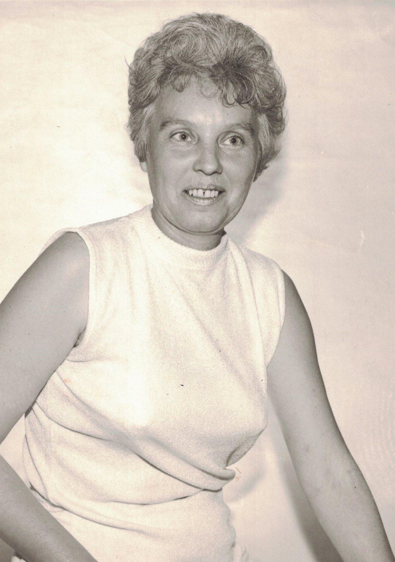 Betty Lee  Brown