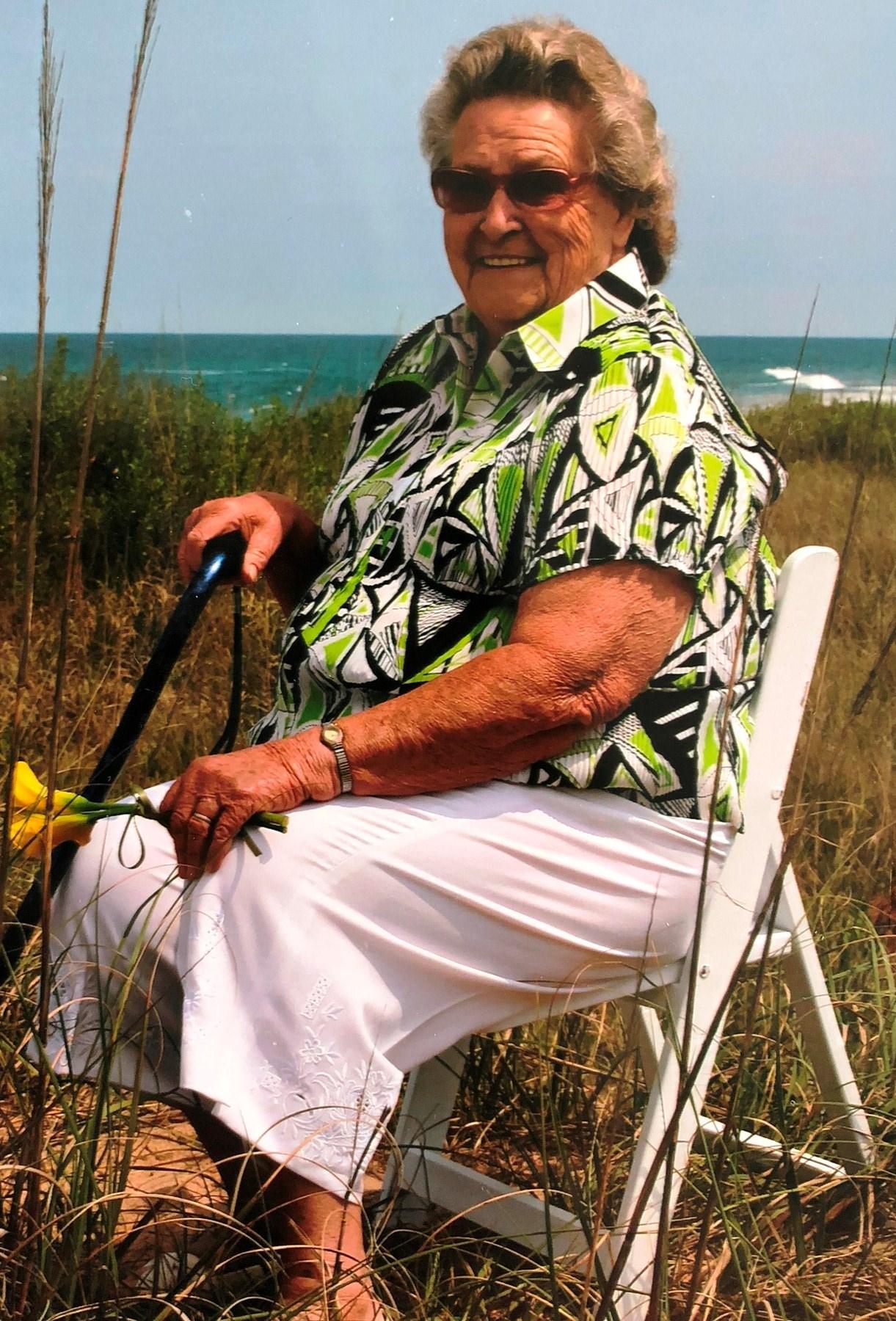 Ann Elizabeth  Heath