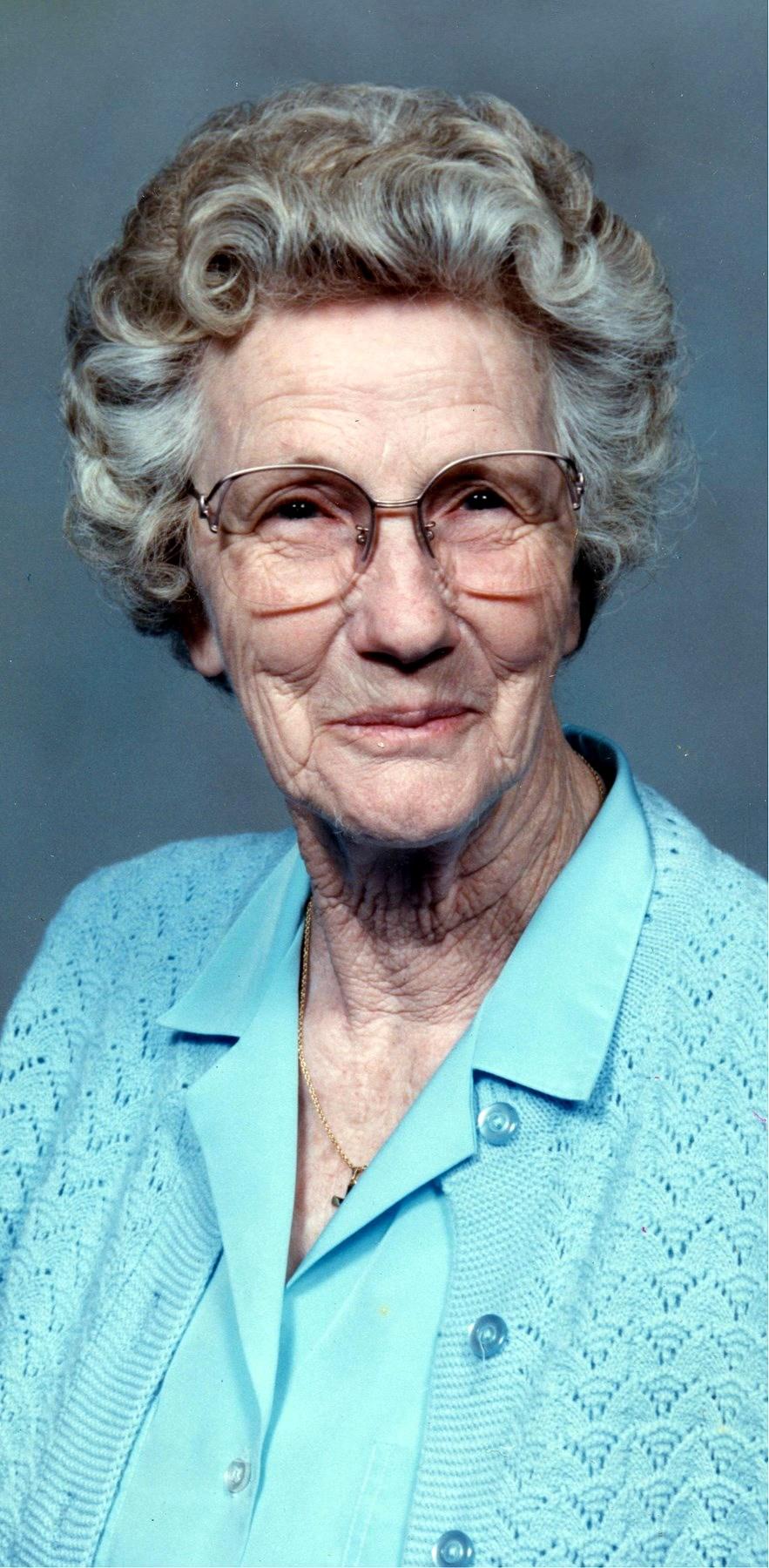 Louise  Roberts Knight