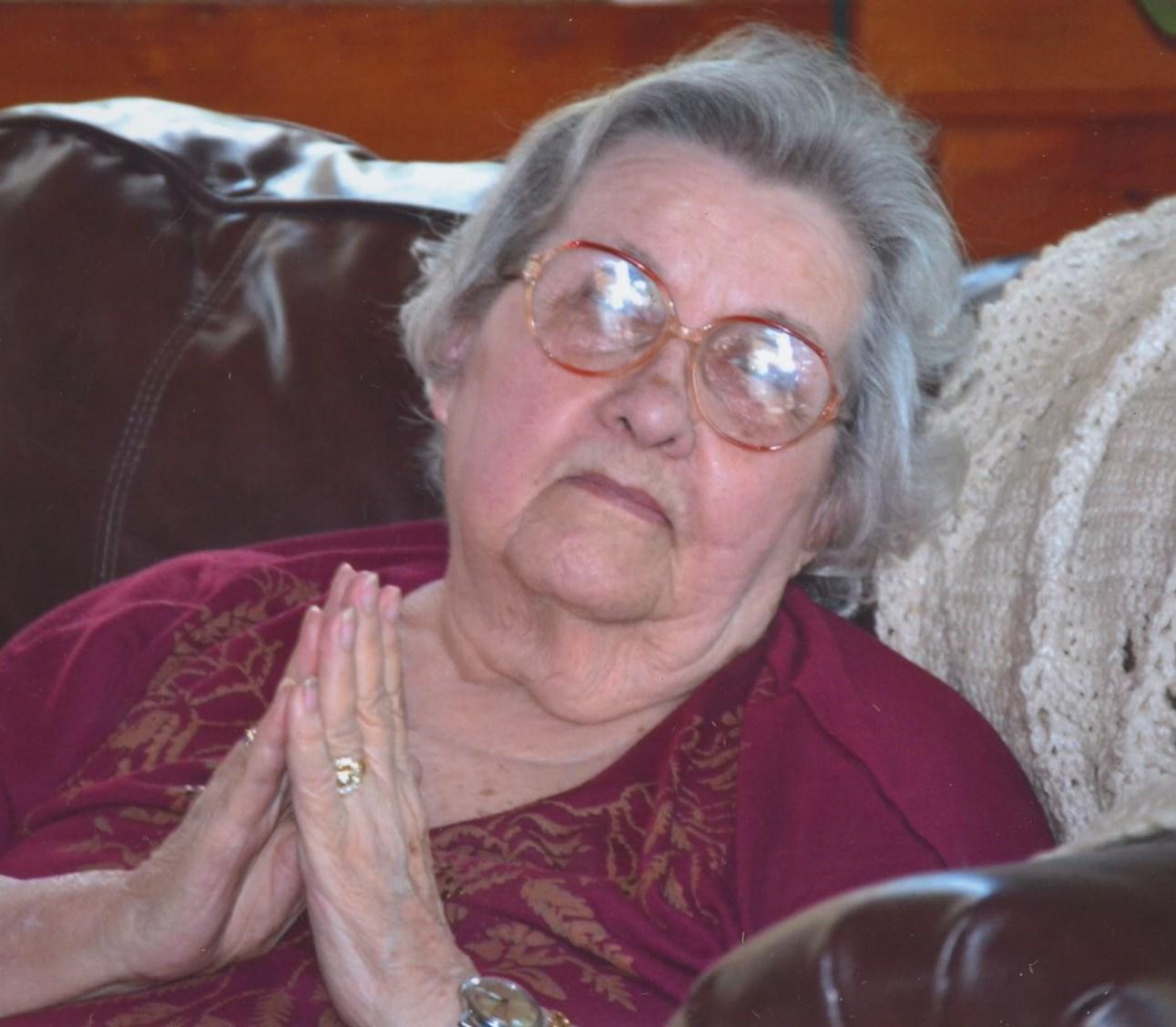 Ann Lynn (born 1933)