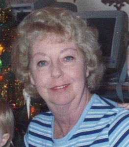 Linda Lou  Carr