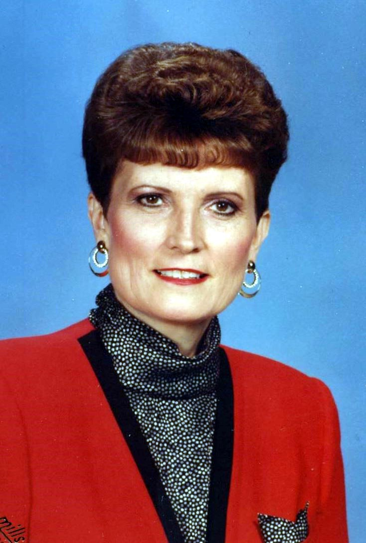 Marjorie Lois  Lautt