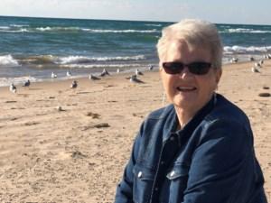 Linda Elaine  Howden