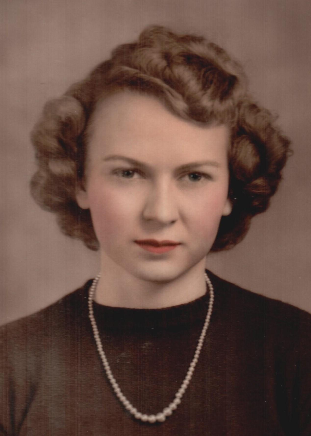Evelyn Jean  Carson