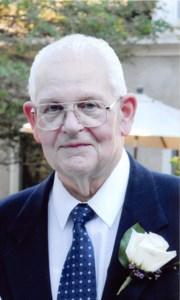 Richard (Dick) Arnold  Schnarr