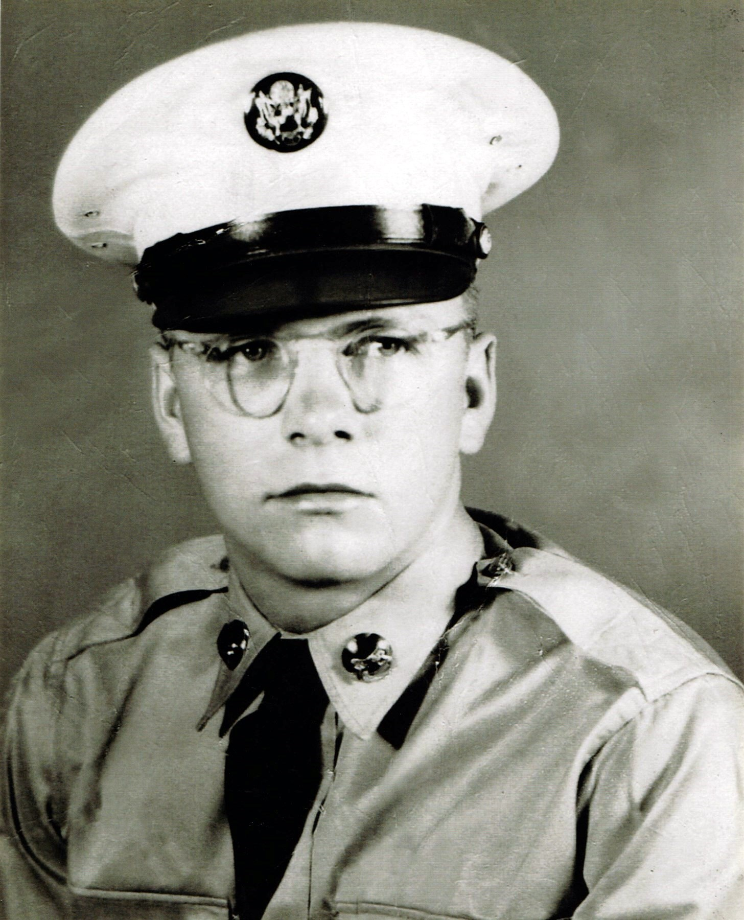 Warren Ray  McGrew Jr.