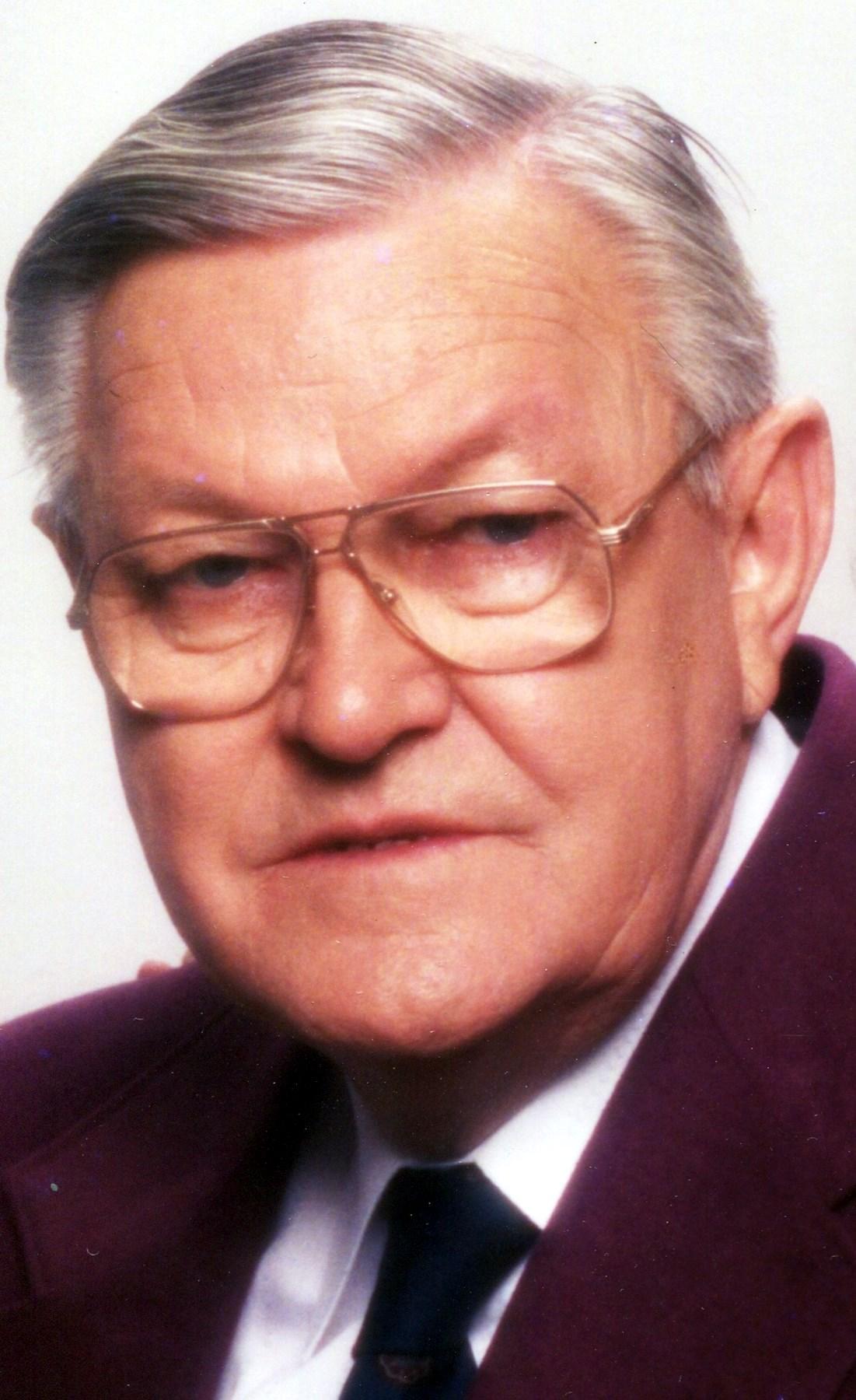 Walter Ray  Seay