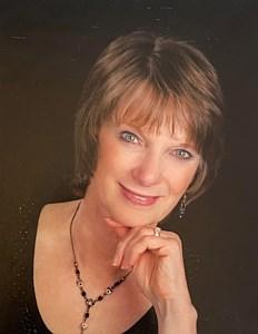 Patricia Elaine  Hagelganz