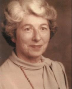 Hélène  Doucet