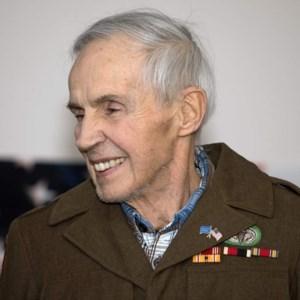 Robert  Haupt