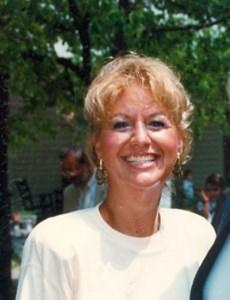Marilynn Lee  Leach
