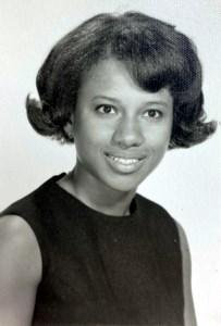 Sandra Yvonne  Booker