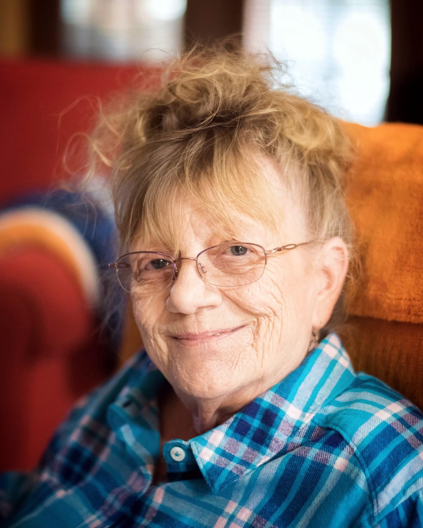 """Lynn Marie """"Peaches""""  (O'Kier) Durham"""