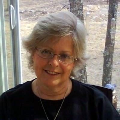 Linda Keesling