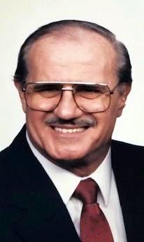 Lester E.  Hunter