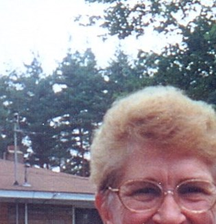 Rosemary Edna  Huff