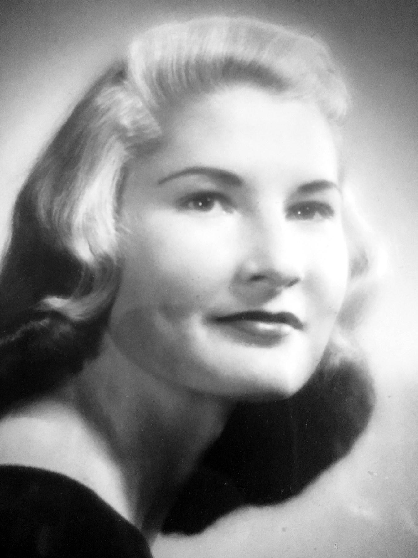 """Annie Laurie """"Sister""""  Dehnert"""