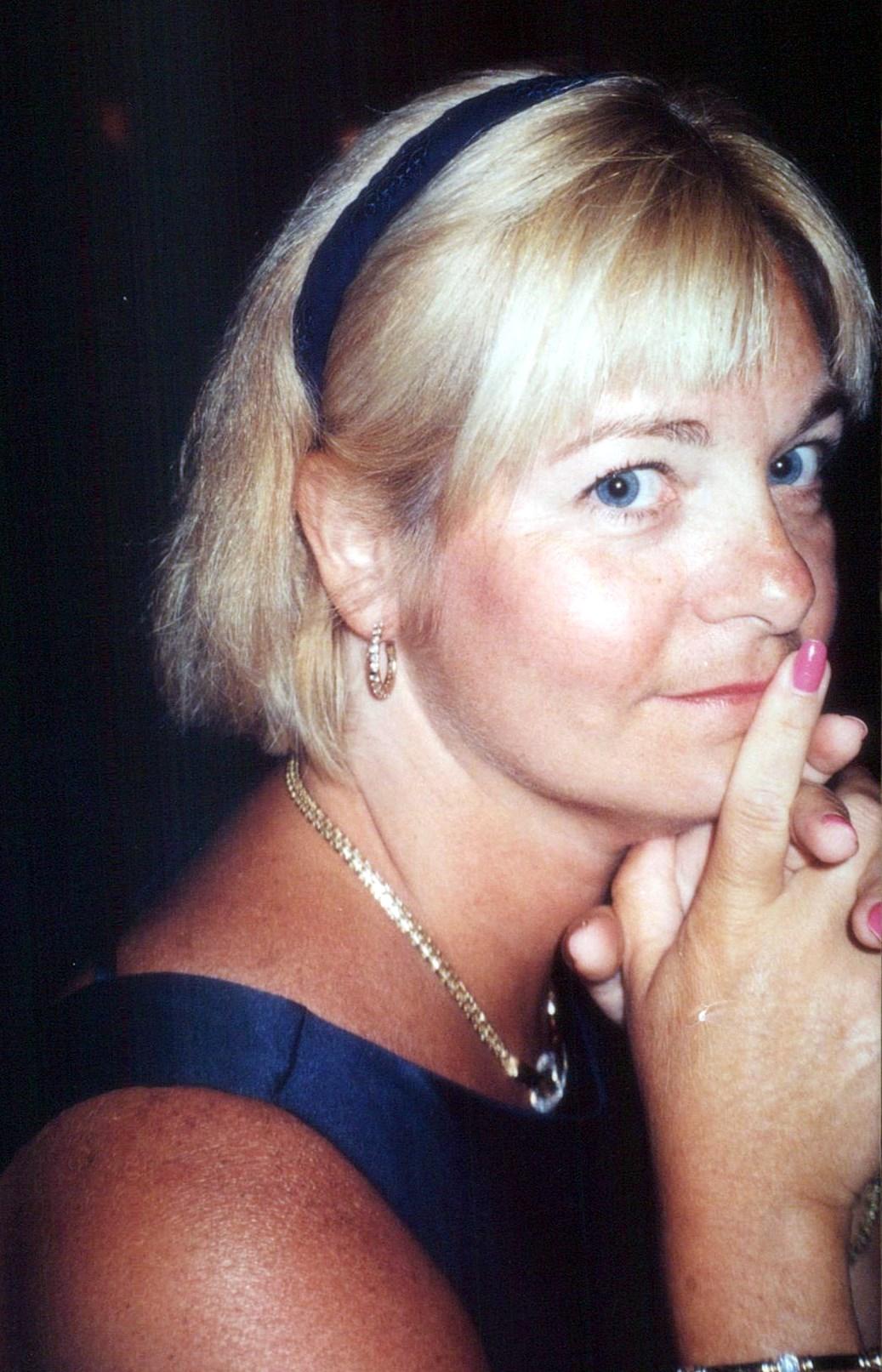 Joanne Uzzi Obituary - Naples, FL
