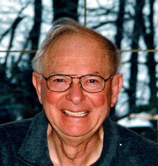 Glenn W  Riddell