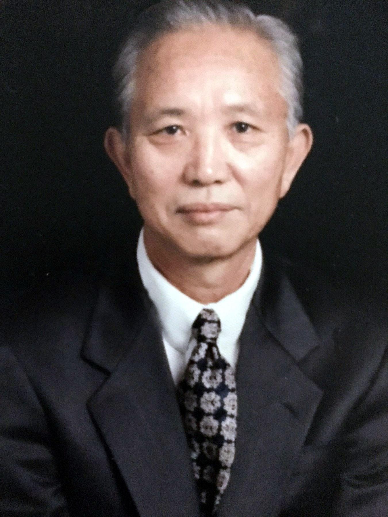 Hong Tae  Kim