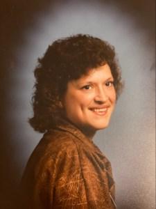 Regina Lynne  HUNTER