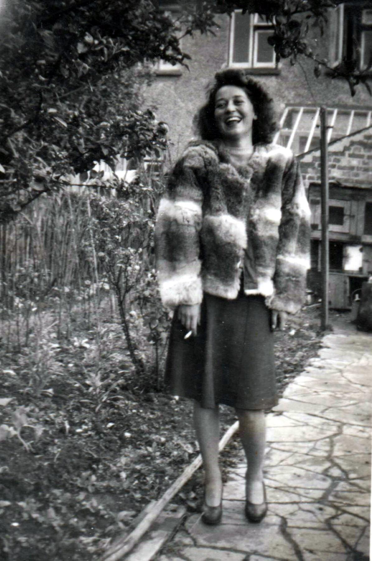 Daphne Edwina Elsie  Cenkner