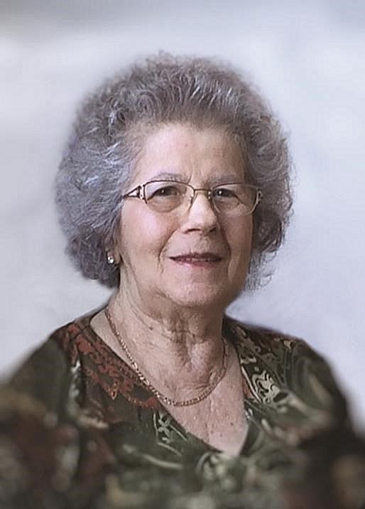 Rosanne  Burelle