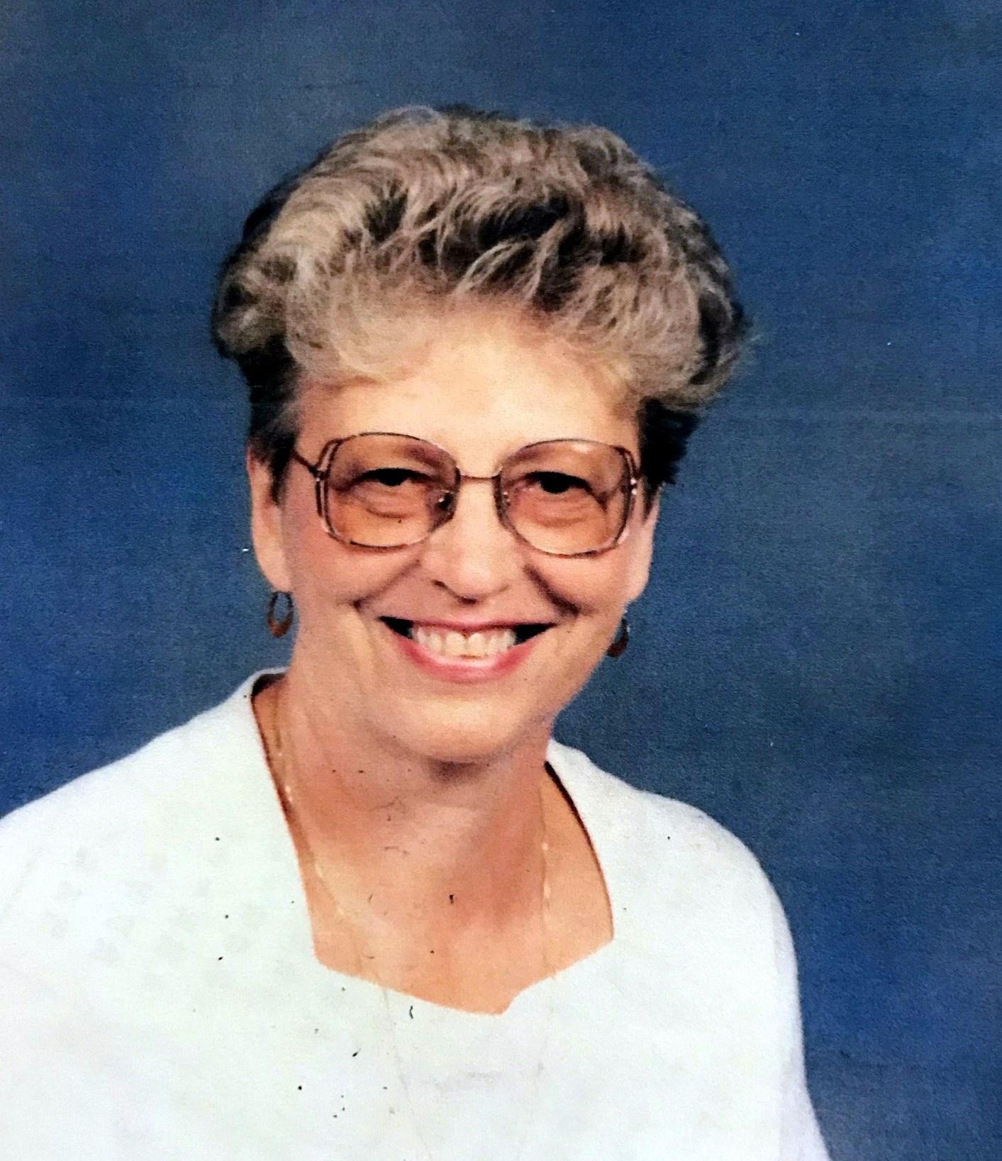June Elizabeth  (Edwards) Behle
